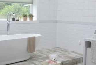7 Ways To Keep Your Bathroom Fresh